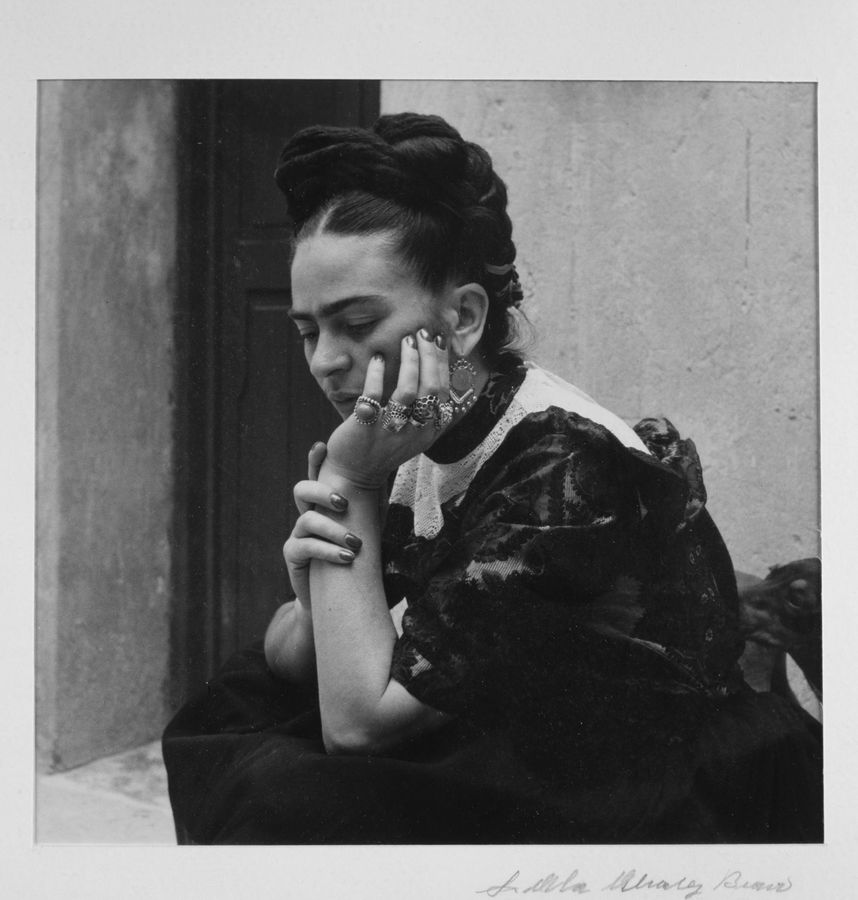 Frida Kahlo, 1944 © Lola Álvares Bravo