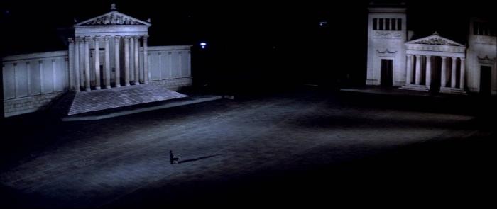 Suspiria, réalisé par Dario Argento (1977)