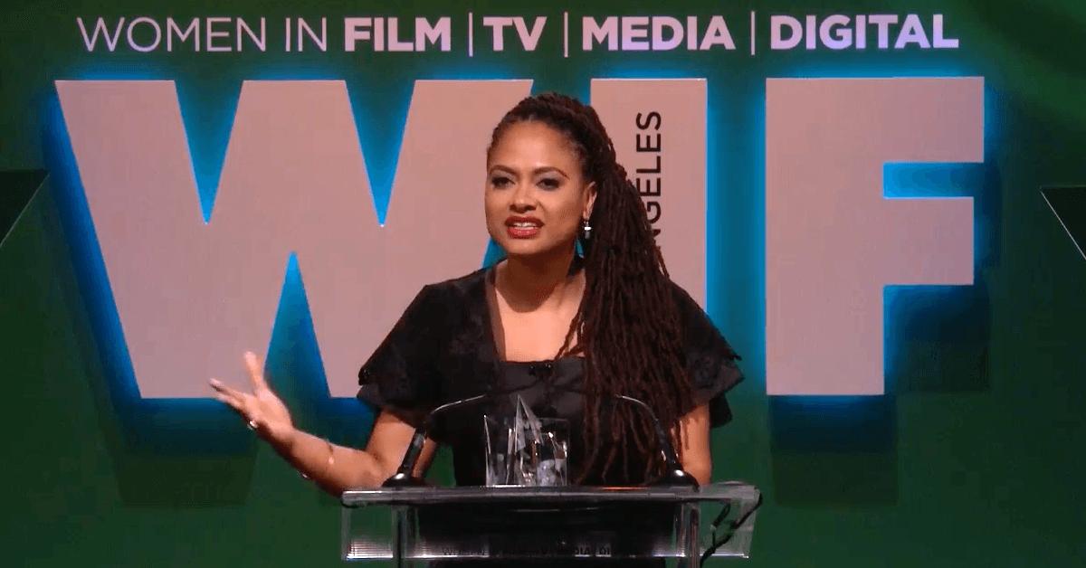 Aux Crystal + Lucy Awards, Ava DuVernay a cité la poétesse Nayyirah Waheed afin d'appuyer une réalité souvent ignorée par l'industrie du cinéma qui « ne se souvient pas qu'elle est composée à moitié de femmes. »