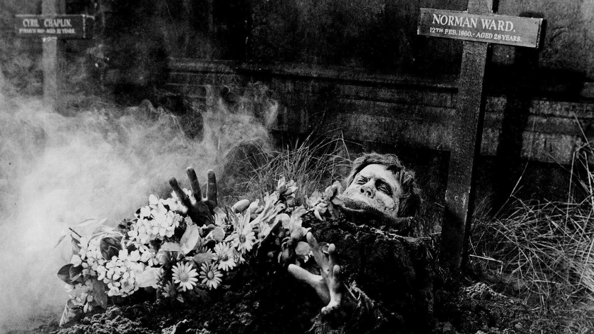 L'Invasion des morts-vivants, réalisé par John Gilling, 1965 © DR
