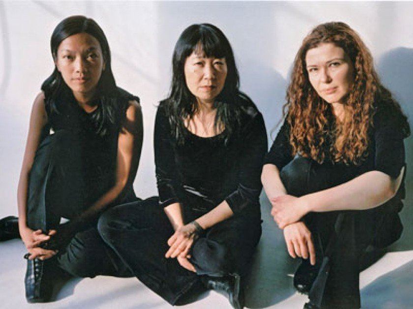 Le groupe Mephista : Susie Ibarra, Ikue Mori et Sylvie Courvoisier © New Music Circle